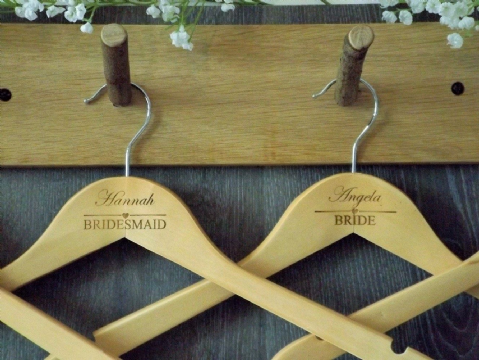 Personalised Wooden Wedding Bridal Hanger Bride Bridesmaid - Heart